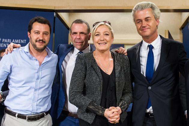 El italiano Matteo Salvini, el austriaco Harald Vilimsky, la francesa Marine Le Pen y el holandés...