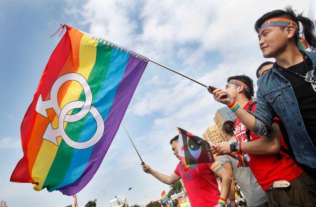 Η Ταϊβάν είναι η πρώτη χώρα της Ασίας που νομιμοποιεί τον γάμο μεταξύ