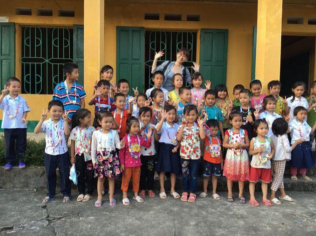 ベトナムのチャリティ活動の様子2