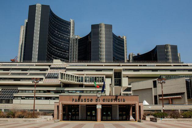 Gli amministratori giudiziari a Napoli per lavorare finanziano