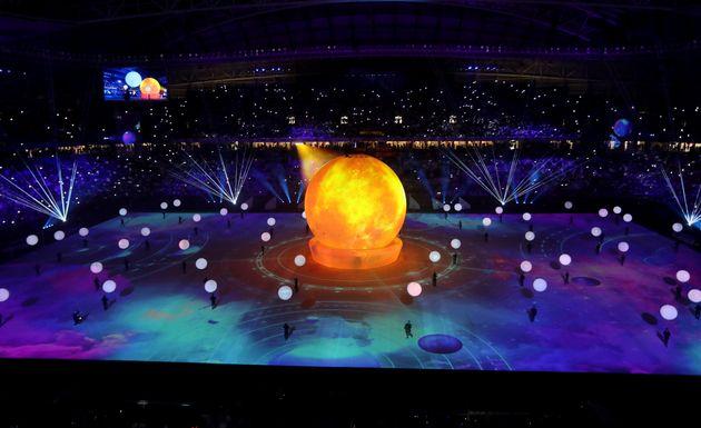 Inauguration au Qatar du premier stade construit pour le Mondial