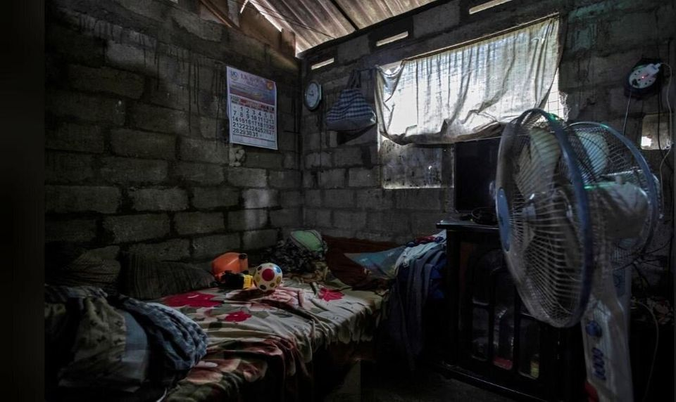 «Ακόμα περιμένω τα παιδιά μου να γυρίσουν πίσω». Η Σρι Λάνκα ένα μήνα μετά τις αιματηρές