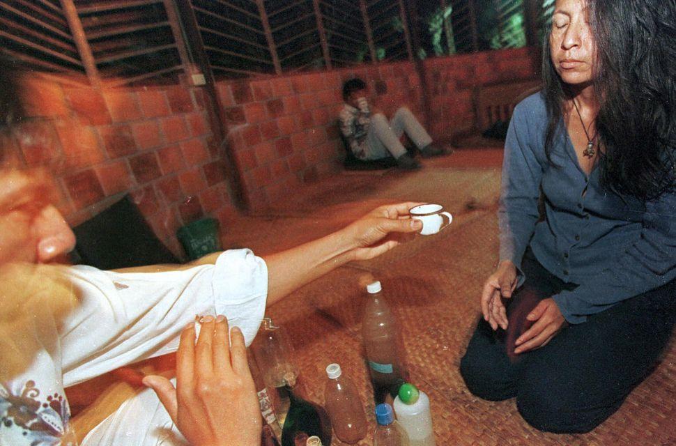 Ceremonia de ayahuasca en Tarapoto (Perú), en