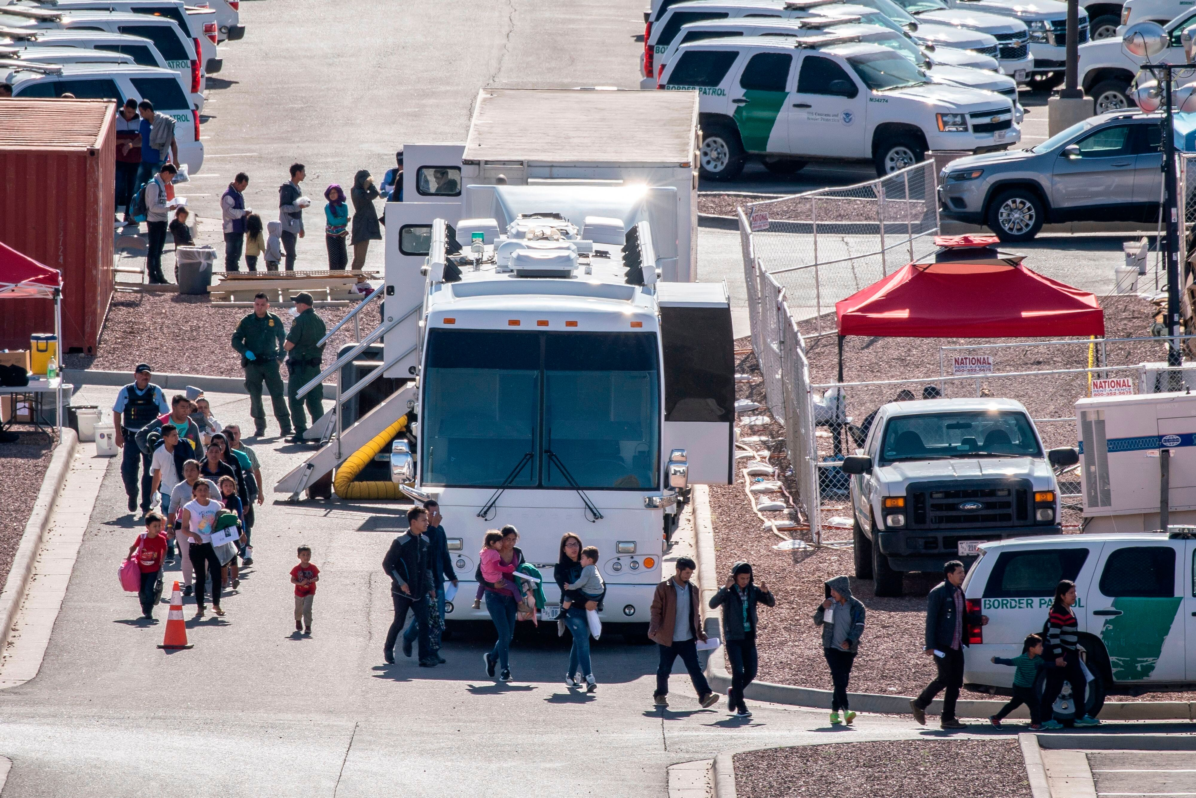 Trump Administration Is Transporting More Migrants From Border To Other U.S.