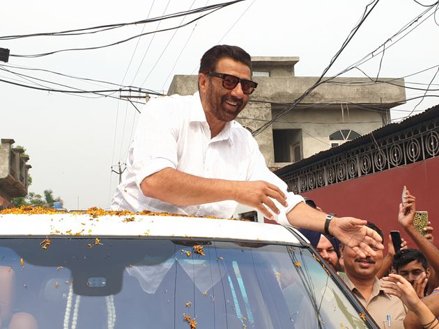 SAD-BJP candidate Sunny Deol while campaigning in village Bhulle-Chak in