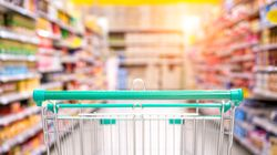 Πού μειώνεται ο ΦΠΑ από 24% σε 13% - Η λίστα με τα είδη διατροφής και τις υπηρεσίες