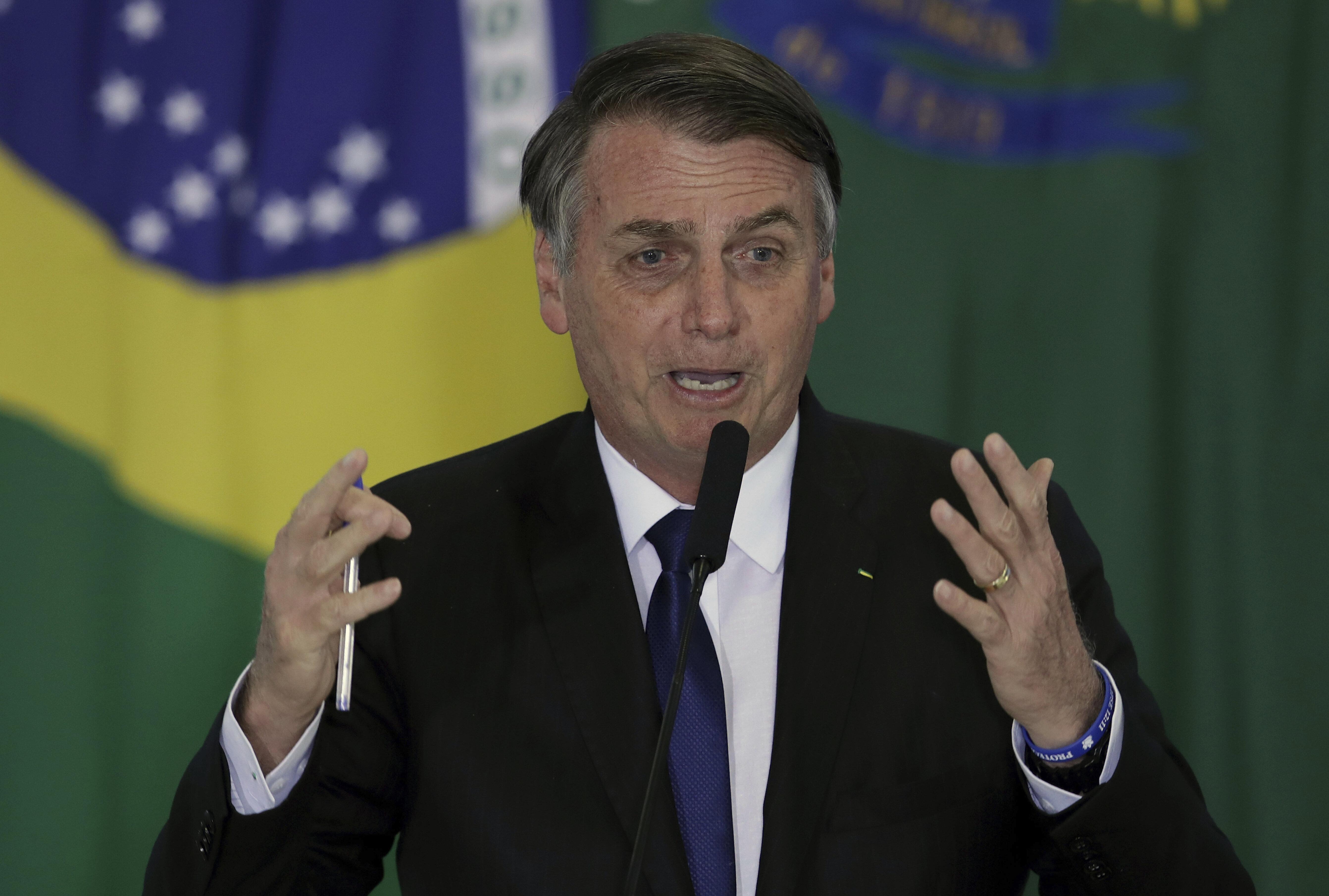 'Passei para meia dúzia de pessoas', diz Bolsonaro sobre texto polêmico veiculado pelo