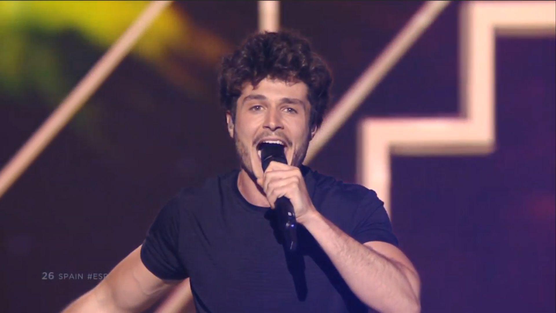 Miki canta 'la venda' en la final de Eurovisión