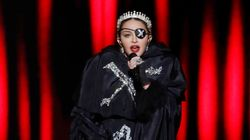 Madonna: Protesto e voz desafinada chamaram a atenção no
