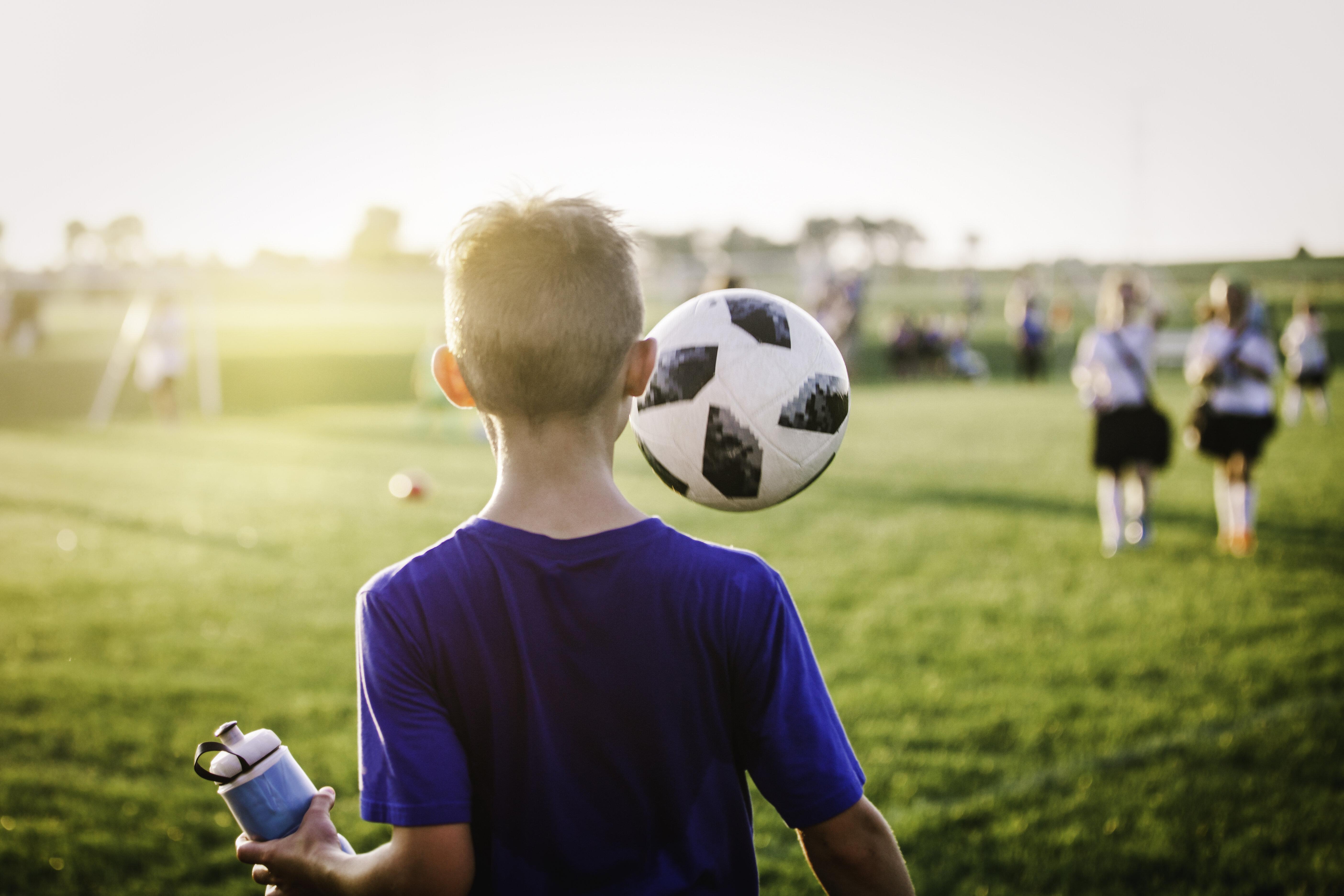 東京都少年サッカー、夏の公式戦禁止 異例の熱中症対策
