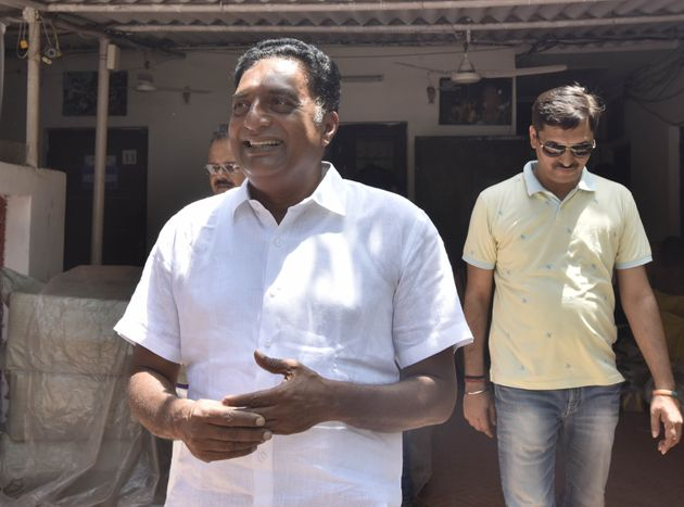 In Bengaluru Central, Prakash Raj's Fight Isn't Just Against the