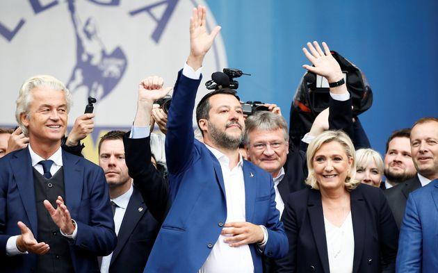 Marine Le Pen à la remorque de Matteo Salvini en