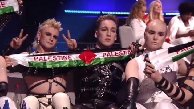Eurovision 2019: Οι Ισλανδοί σήκωσαν πανό υπέρ των Παλαιστινίων την ώρα της
