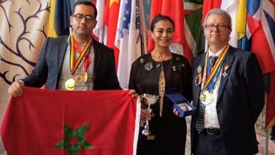 Un chercheur marocain fait Chevalier de l'Ordre pour le progrès des sciences et de l'invention en