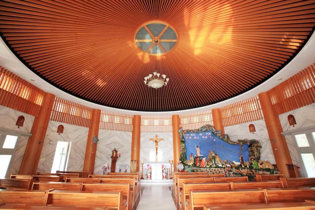 聖母朝聖地內部(圖片來源:宜蘭勁好玩)