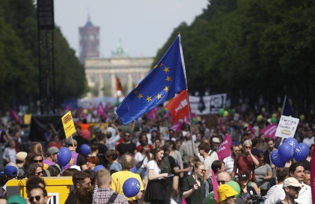 Διαδηλώσεις στις μεγάλες πόλεις της Γερμανίας κατά του