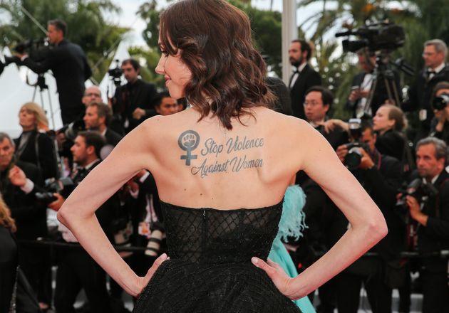 À Cannes 2019, Sand Van Roy affiche un message fort sur le tapis