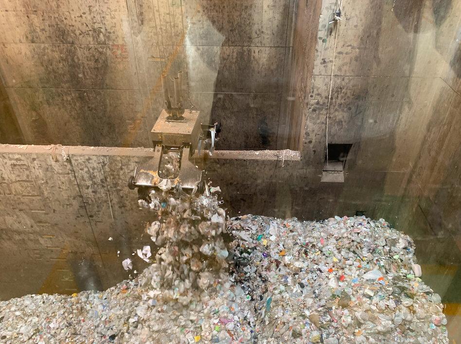 ゴミって結局どうなってどこ行くの? ゴミ清掃工場に「大人の社会科見学」してきた。