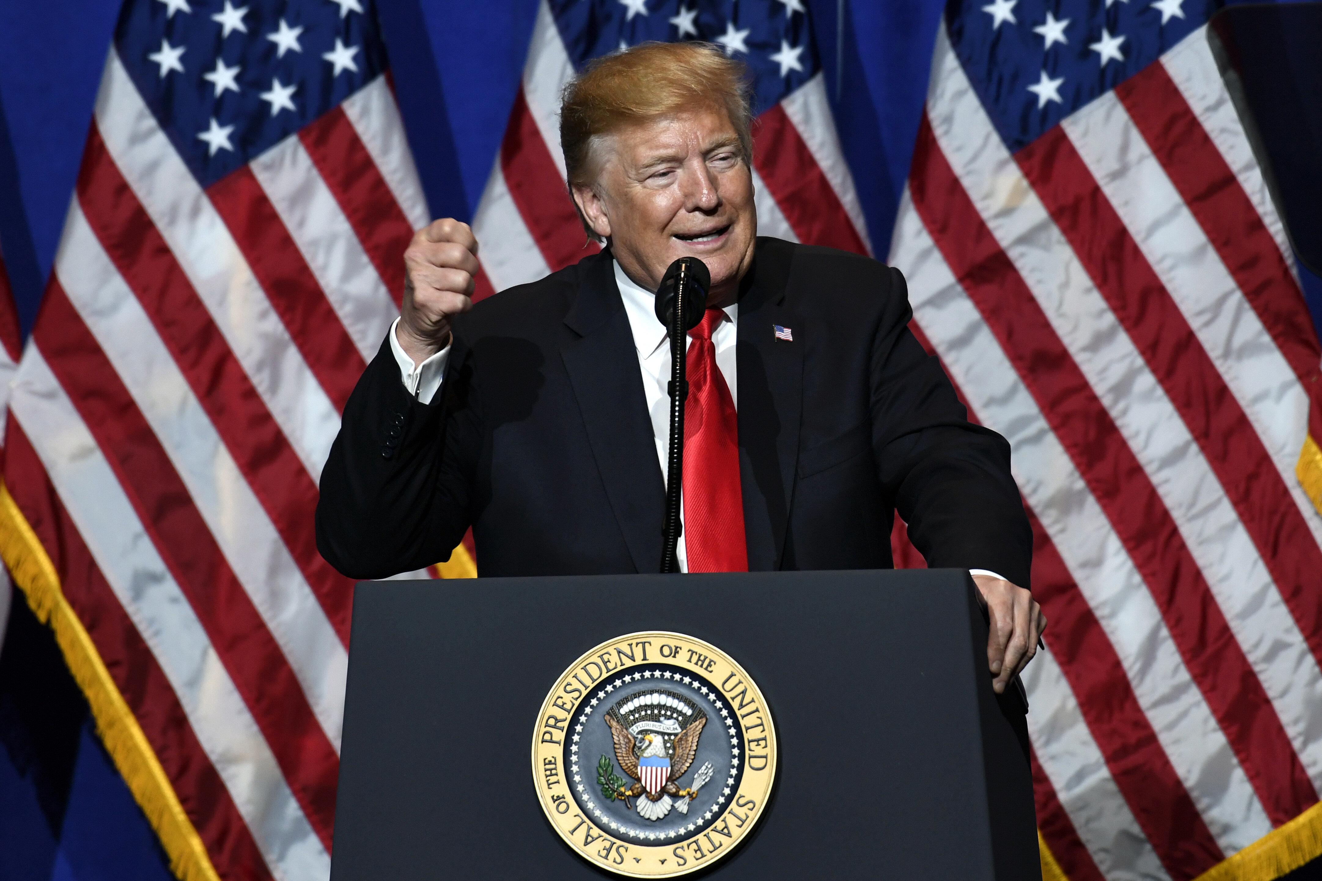 트럼프가 이란에게 섬뜩한 경고를 보냈다. 배경은?