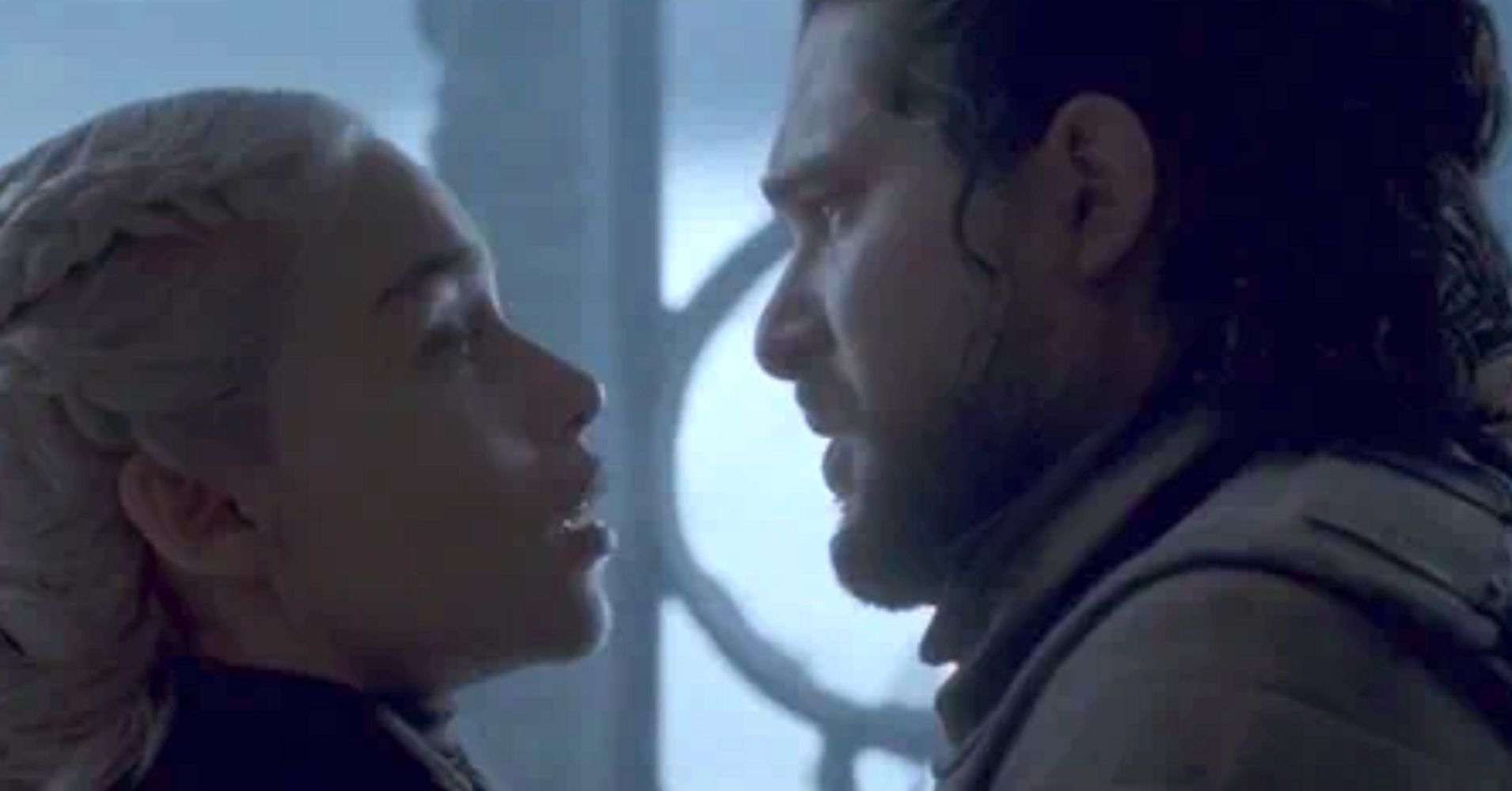 Daenerys Targaryen's Final Kiss With Jon Snow Shook Fans To Their Core