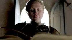 Brienne Writing Jaime Lannister's Story Had Fans Cracking