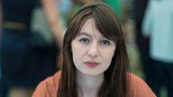 Σάλι Ρούνεϊ: Η 28χρονη συγγραφέας που νίκησε την Μισέλ Ομπάμα στα British Book