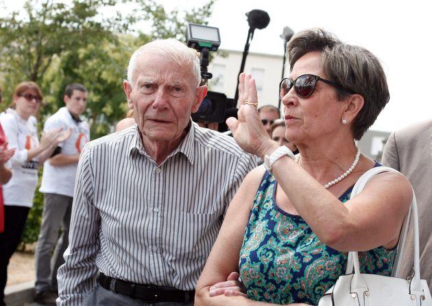 Viviane et Pierre Lambert arrivant au CHU de Reims en juillet