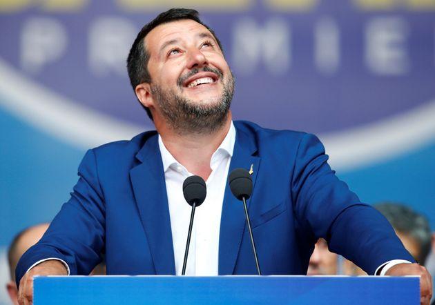 El tuit de Salvini tras la sentencia de Estrasburgo que le obliga a dar cobijo a niños