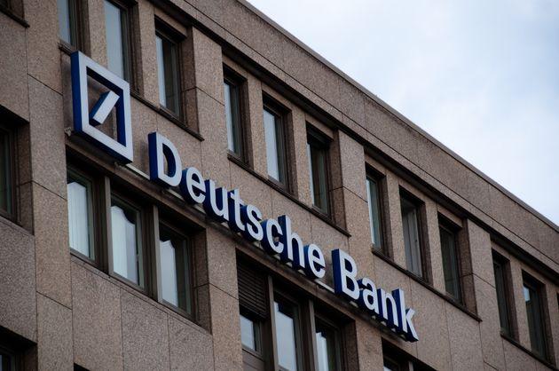 Επίθεση Τραμπ σε New York Times για τα περί συναλλαγών του με την Deutsche