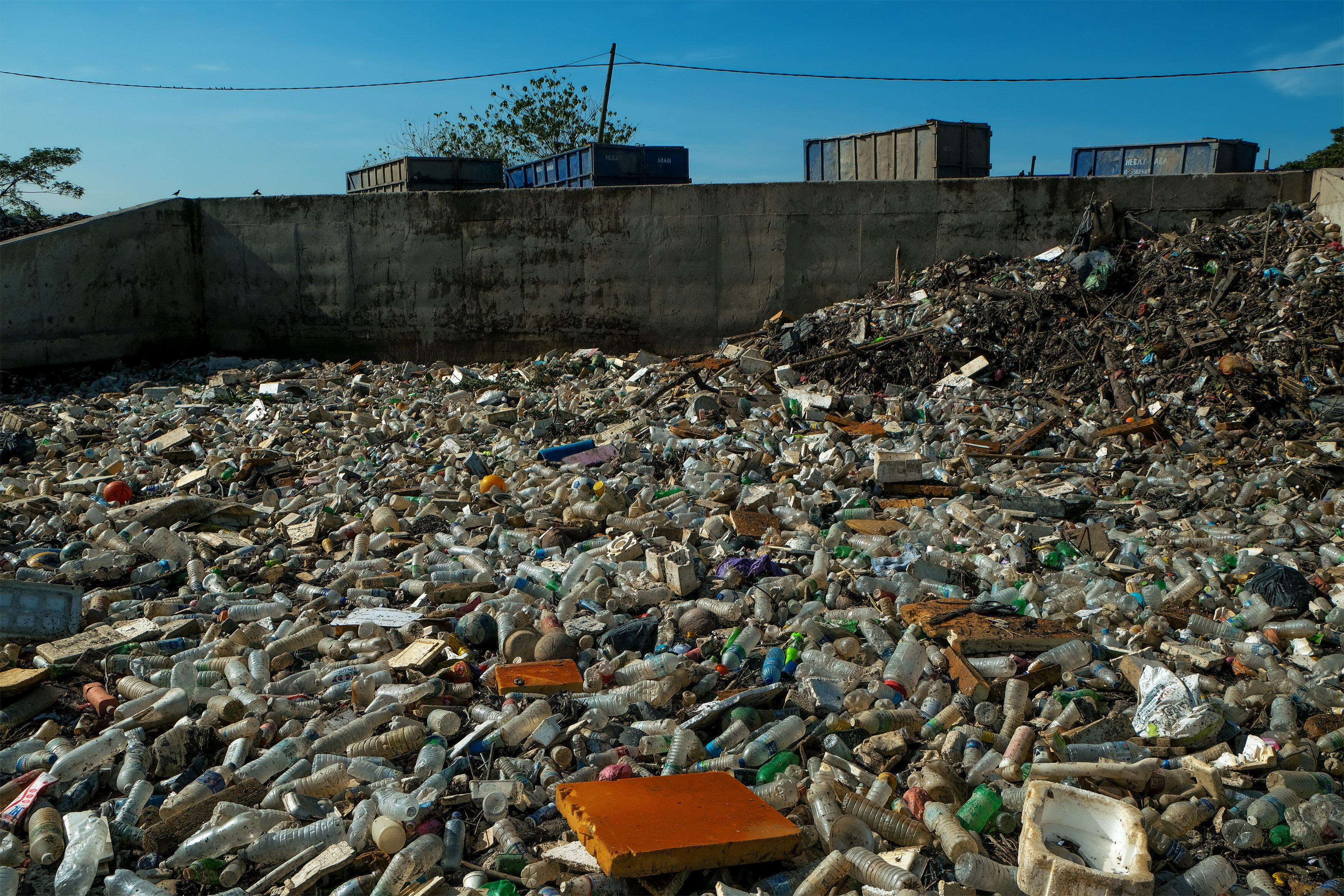 Plastica in Malesia tra riciclo illecito e mercato