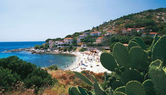 Ξενοδοχεία στο νησί Έλβα της Ιταλίας θα επιστρέφουν χρήματα στους πελάτες τους σε περίπτωση