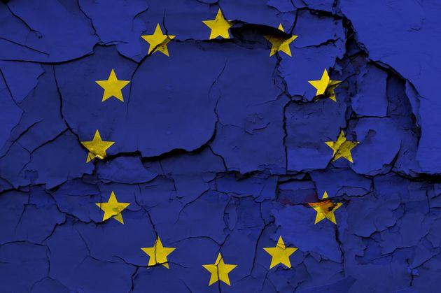 Europa, acosada; la democracia y el Estado de bienestar, en