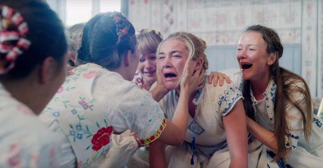 Florence Pugh, como a americana Dani, que no filme vai a um estranho festival no interior da