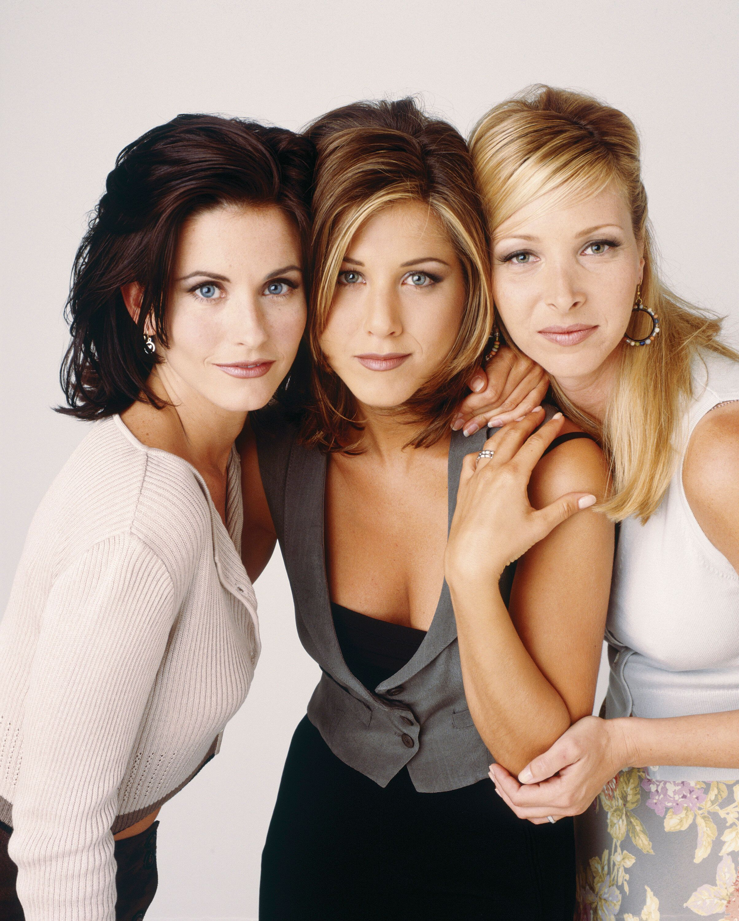 FRIENDS -- Pictured: (l-r) Courteney Cox as Monica Geller, Jennifer Aniston as Rachel Green, Lisa Kudrow as Phoebe Buffay in 'Friends', circa 1995. (Photo by NBC/NBCU Photo Bank via Getty Images)