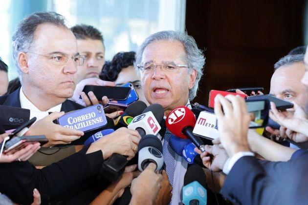 """O ministro da Economia, Paulo Guedes, disse estar confiante """"no trabalho do relator e do Congresso..."""