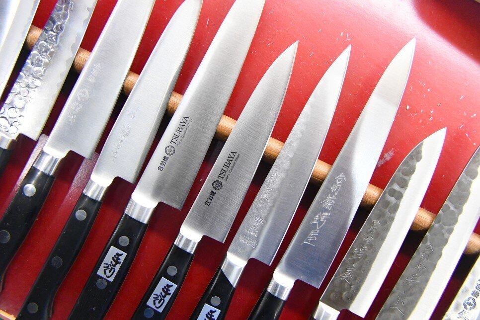 廚房萬用刀:牛刀