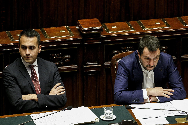 """IL GOVERNO NEGA L'EVIDENZA - Conte: """"Nessun diverbio, non mi sento sfiduciato"""". Ma Di Maio dice: """"Lega paranoica"""". Sul DL Fam..."""