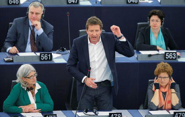 Yannick Jadot au Parlement européen à Strasbourg le 19 avril