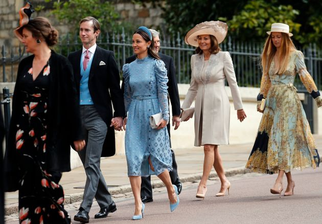 Al royal wedding di Gabriella Windsor con l'abito H&M da 57 euro. La scelta low cost della fidanzata...