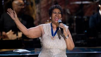 BET honoree singer Aretha Franklin performs onstage at BET Honors 2014 at Warner Theatre in Washington on February 8, 2014. REUTERS/Jose Luis Magana (UNITED STATES - Tags: ENTERTAINMENT)