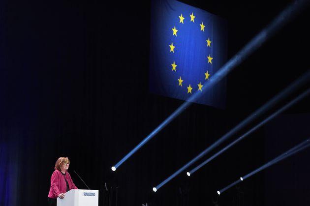 Macron s'est-il trop engagé dans les élections européennes pour