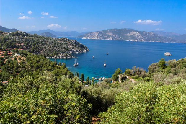 Τουρκία: Χιλιάδες τουρίστες αναμένουν τις βίζες για την