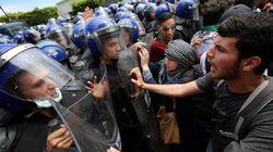 Les étudiants bluffent les forces de l'ordre et marchent vers le Palais du