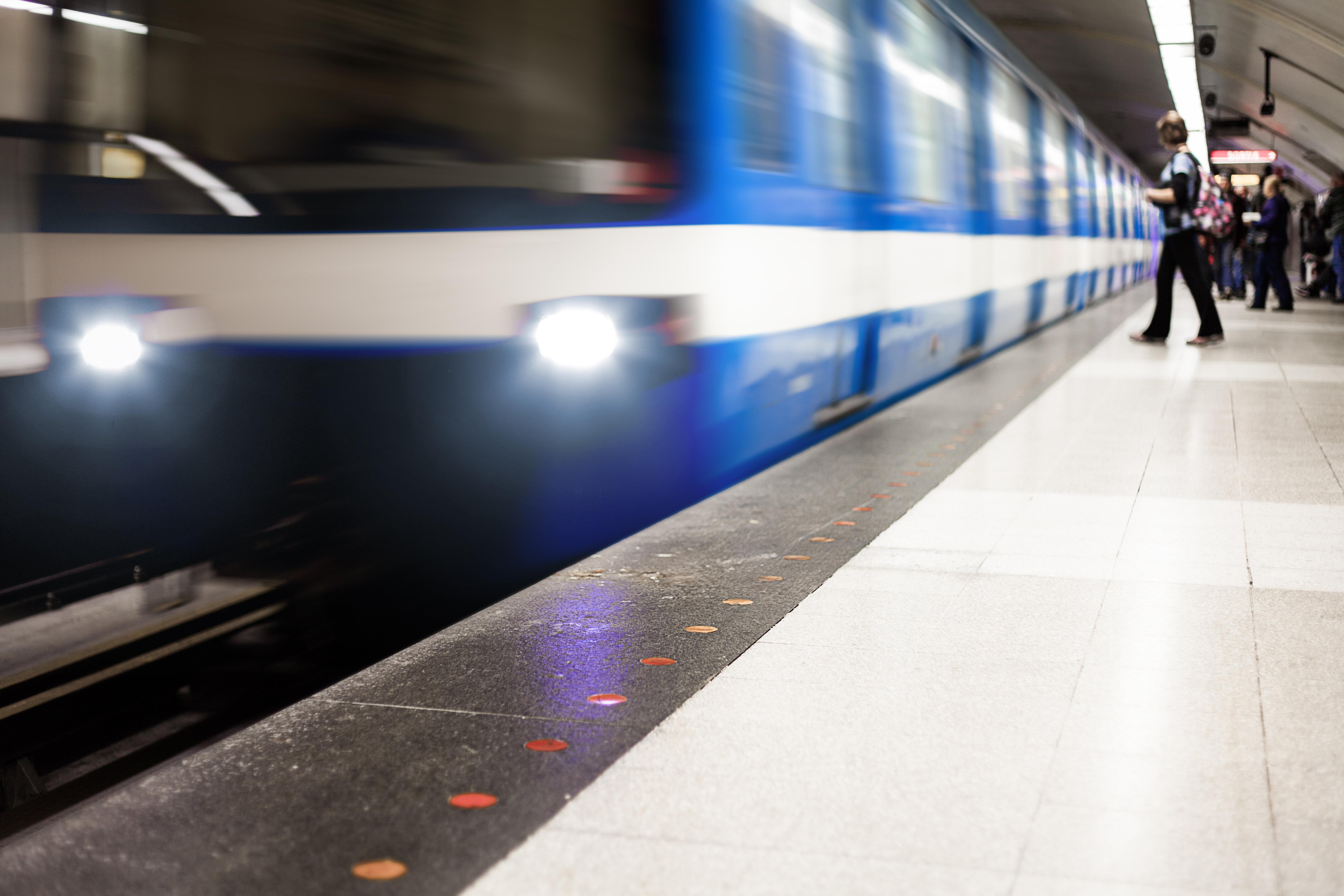 Ligne rose: Québec étudiera le projet si l'ARTM le juge