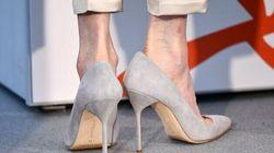 Pourquoi certaines actrices portent-elles des chaussures trop grandes à