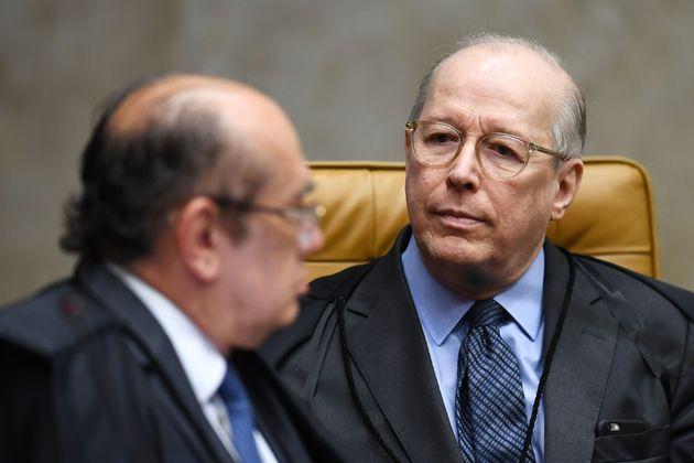 Ministro Celso de Mello (à direita) votou favorável à equiparação...