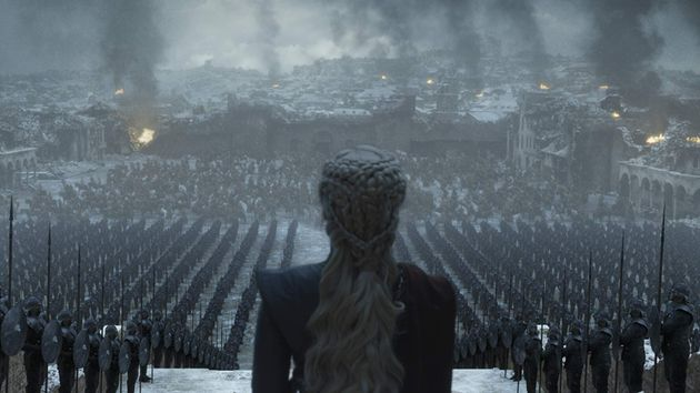 Daenerys Targaryen faz discurso assustador para suas tropas deDothraki e