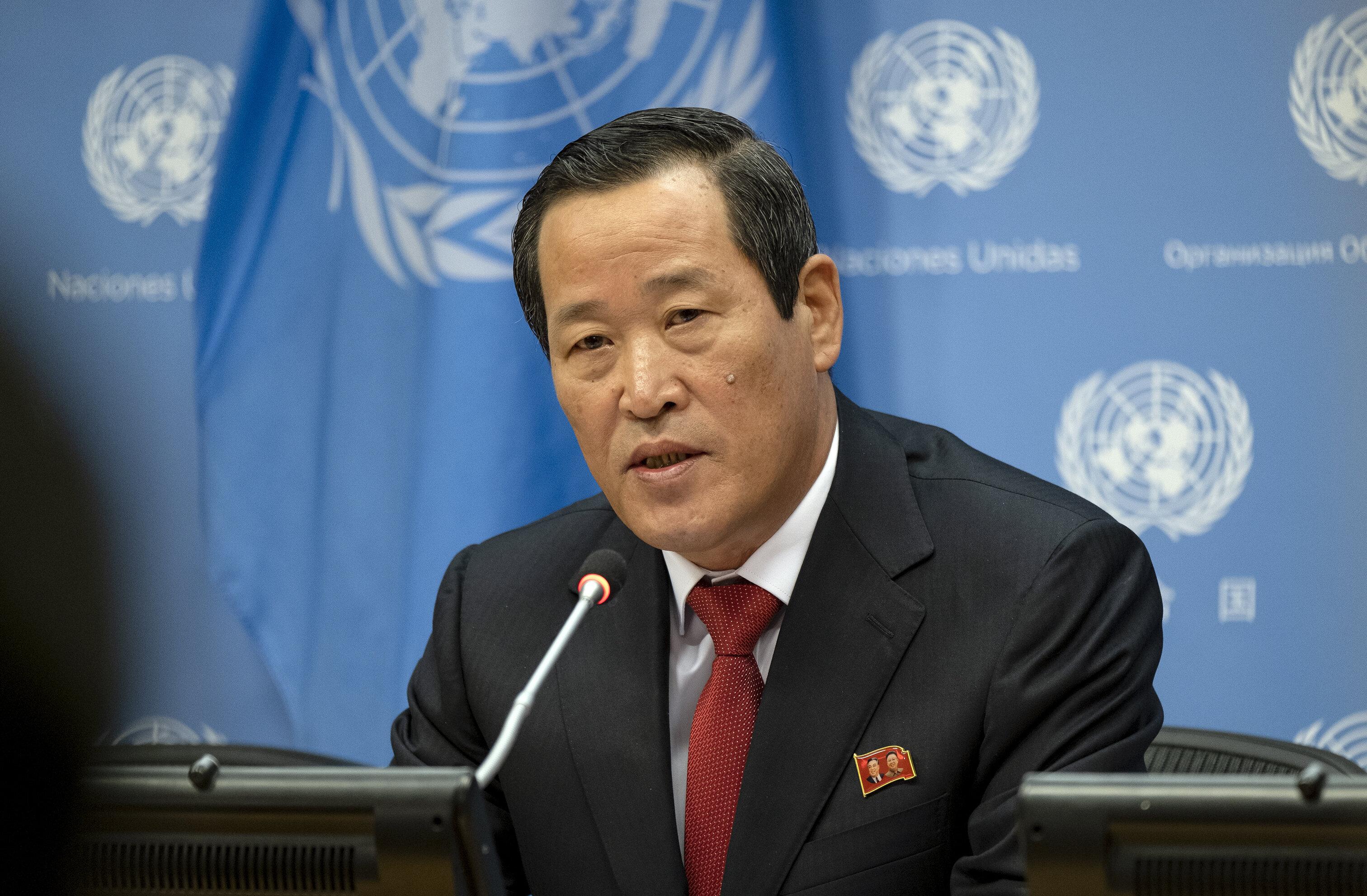 김성 북한 유엔대사가 미국에 압류 선박 반환을