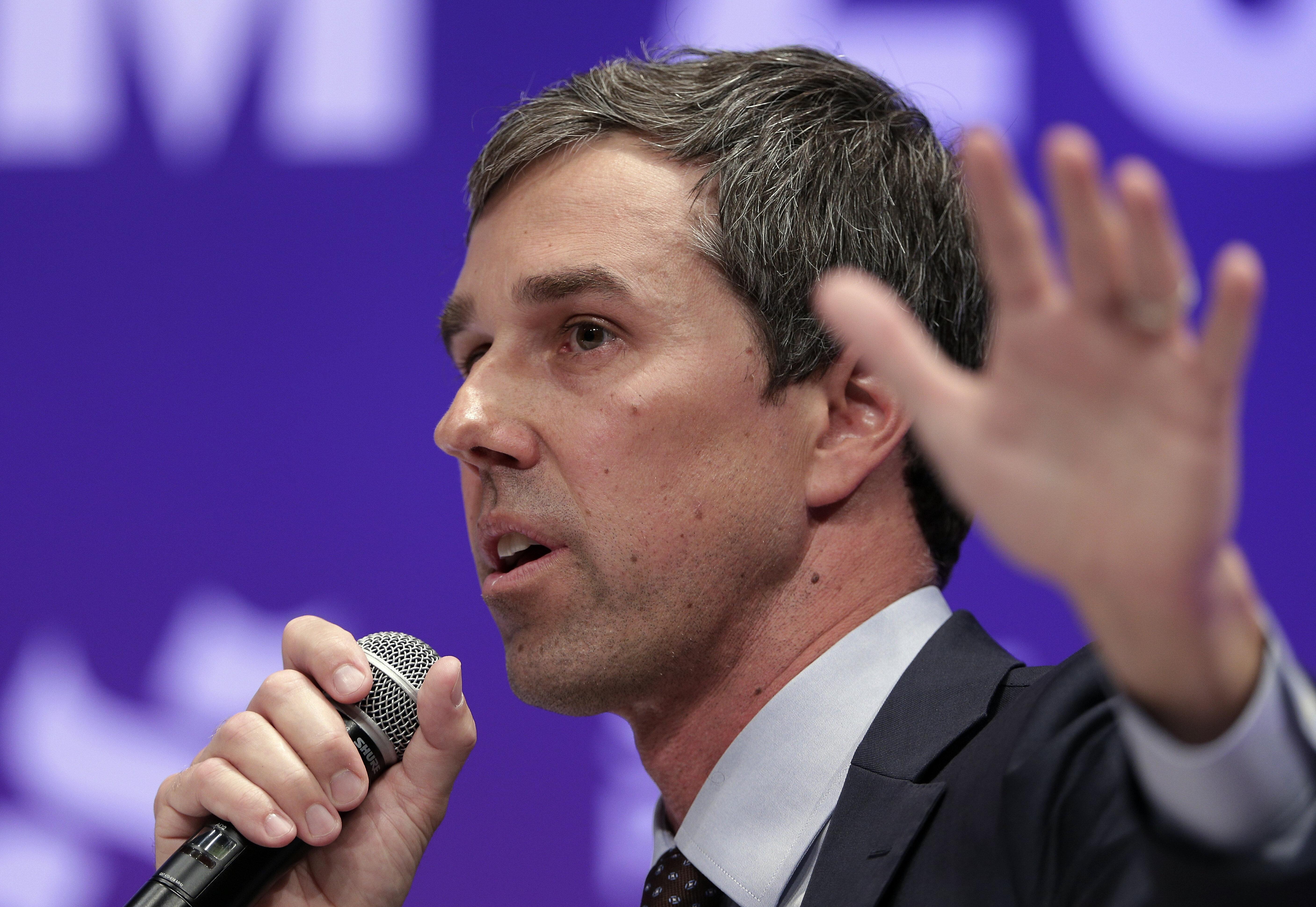 El candidato demócrata Beto O'Rourke en un evento en la Universidad Estatal de Texas en Houston el 24 de abril del 2019. (AP Photo/Michael Wyke)