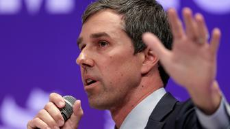 El candidato demócrata Beto O'Rourke en un evento en la Universidad Estatal de Texas en Houston el 24 de abril del 2019. (AP Photo/Michael Wyke)